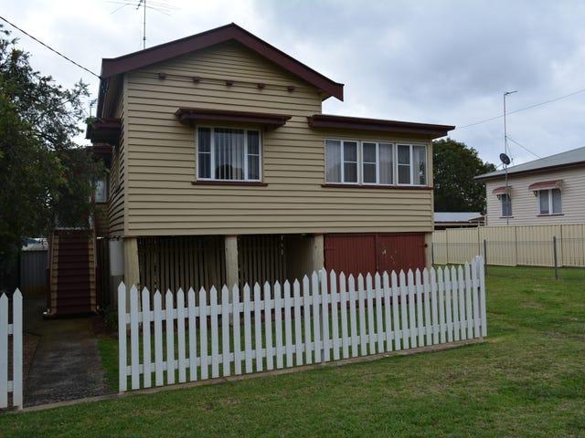 15 Kenilworth Street, North Toowoomba, Qld 4350
