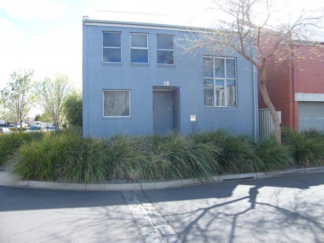 10 Beacon Lane, Caroline Springs, Vic 3023