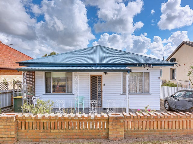 11 Gertrude Street, Cardiff South, NSW 2285