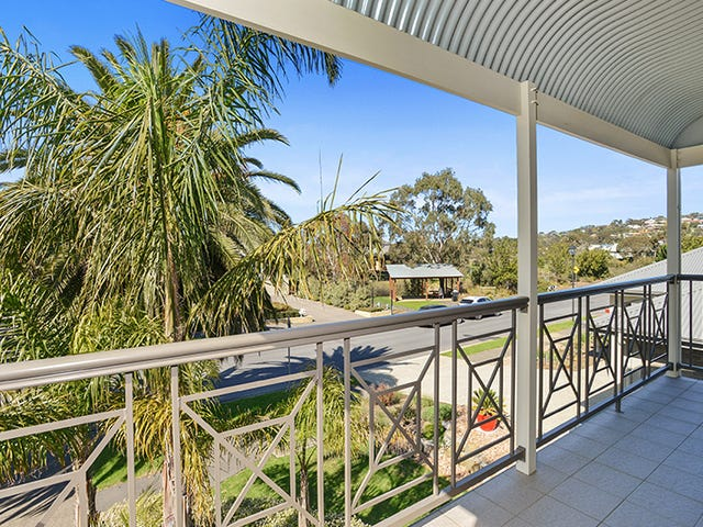 102 Matthew Flinders Drive, Encounter Bay, SA 5211