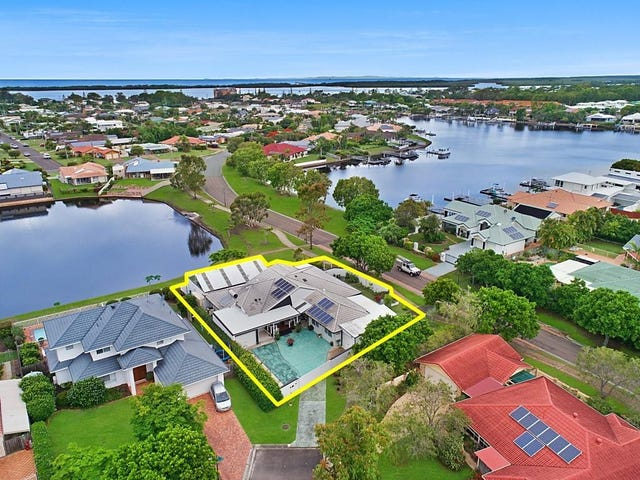 22 Stirling Castle Court, Pelican Waters, Qld 4551