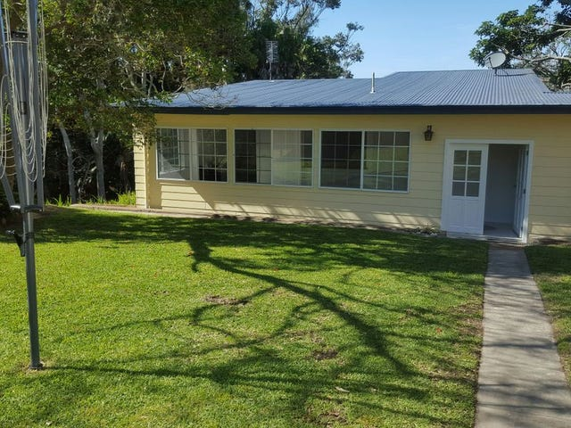 15 Kent Gardens, Soldiers Point, NSW 2317