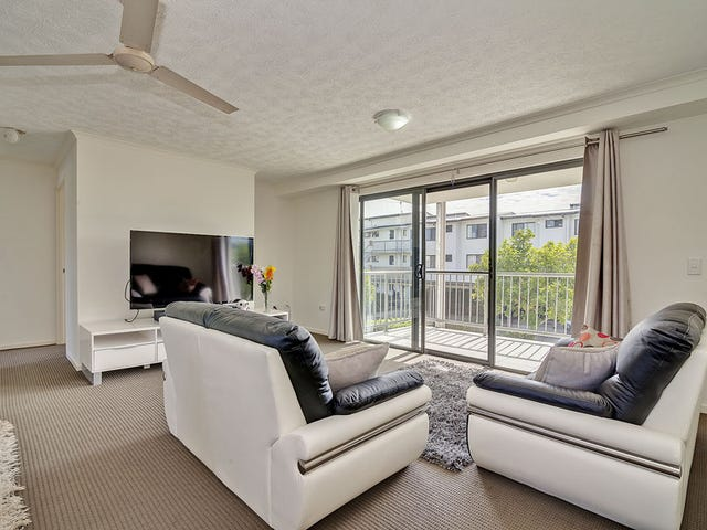11/66 University Drive, Meadowbrook, Qld 4131