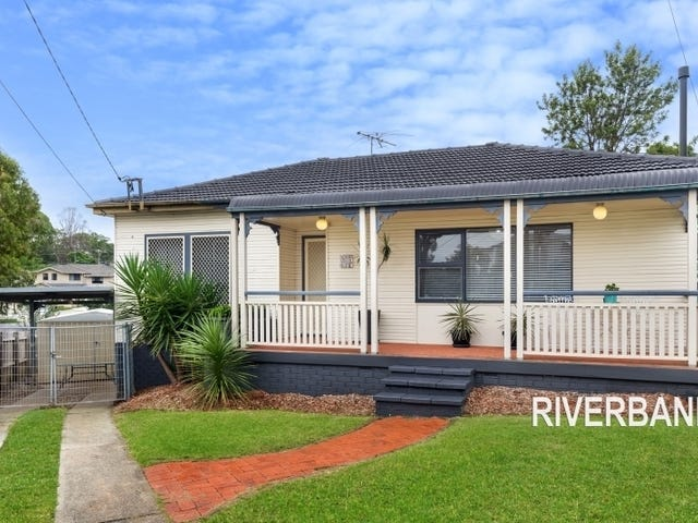 9 Hall Pl, Guildford, NSW 2161