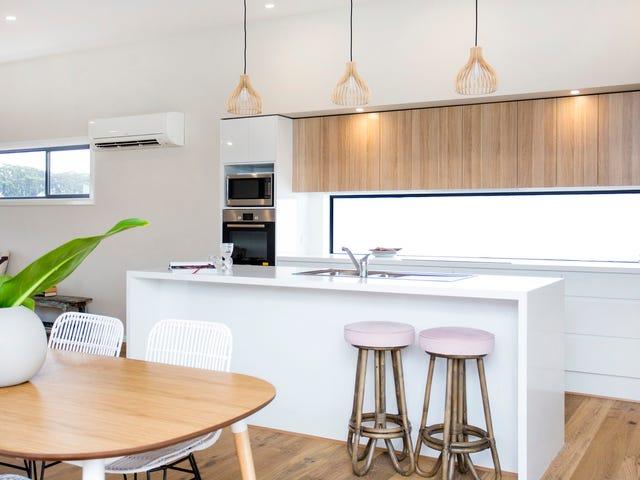 10 Superior Avenue, Burrill Lake, NSW 2539