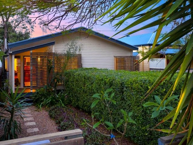 7 Effie Street, Bardon, Qld 4065