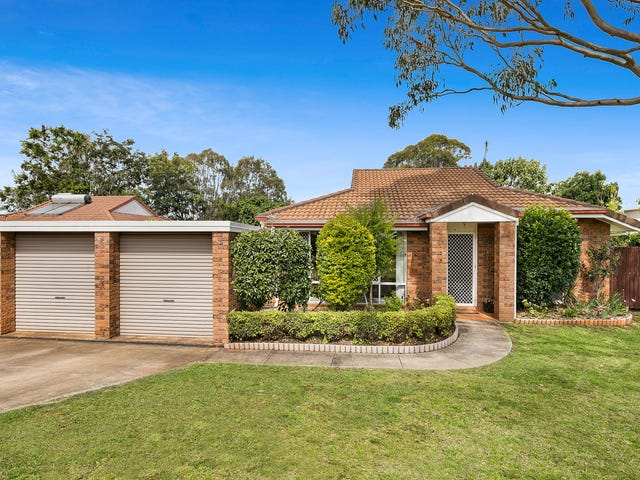 17 Fair Street, Rockville, Qld 4350