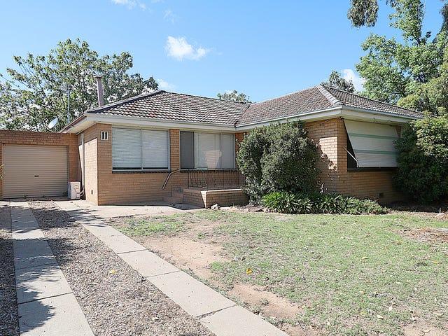11 Holloway Street, Tolland, NSW 2650
