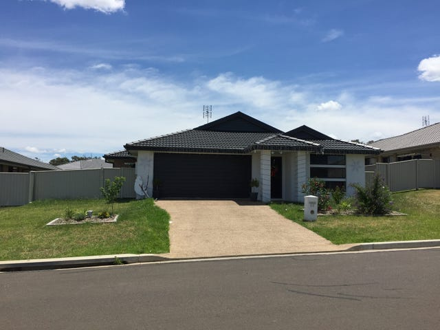 60 Tulipwood Crescent, Tamworth, NSW 2340