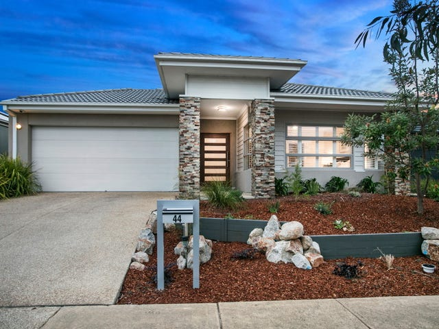 44 Oceanic Drive, Safety Beach, Vic 3936