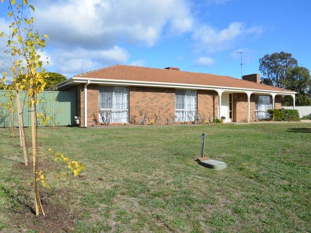 11 Bennett Close, Lancefield, Vic 3435