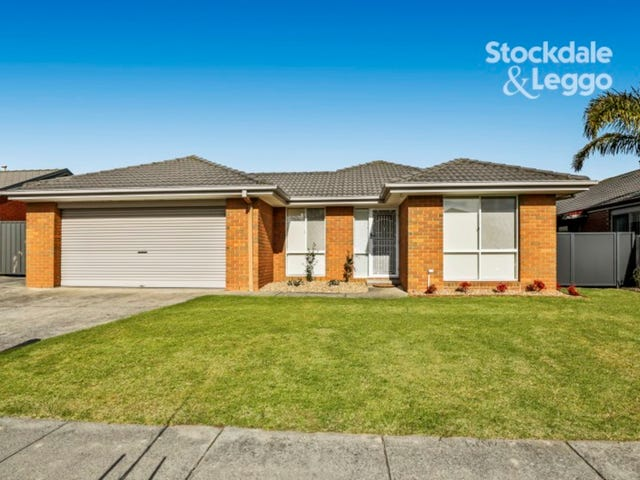 114 Strathaird Drive, Narre Warren South, Vic 3805