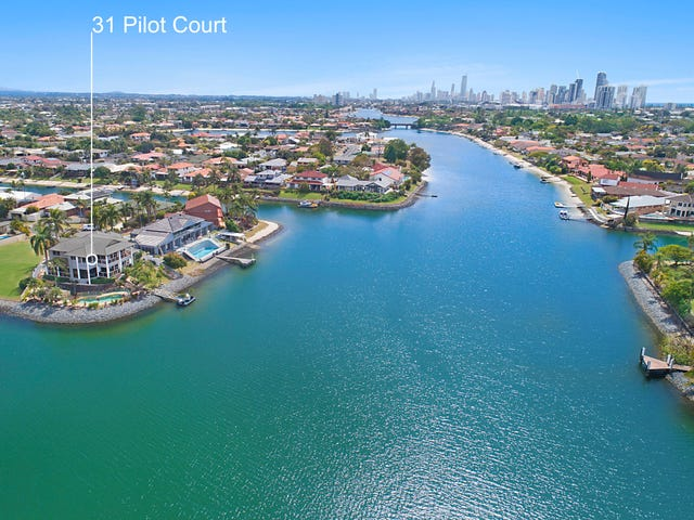 31 Pilot Court, Mermaid Waters, Qld 4218