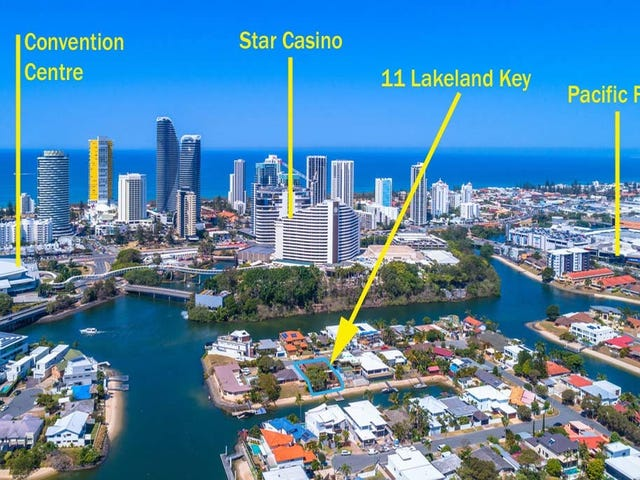 11 Lakeland Key, Broadbeach Waters, Qld 4218