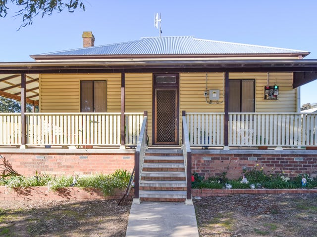 72 Lachlan Street, Young, NSW 2594