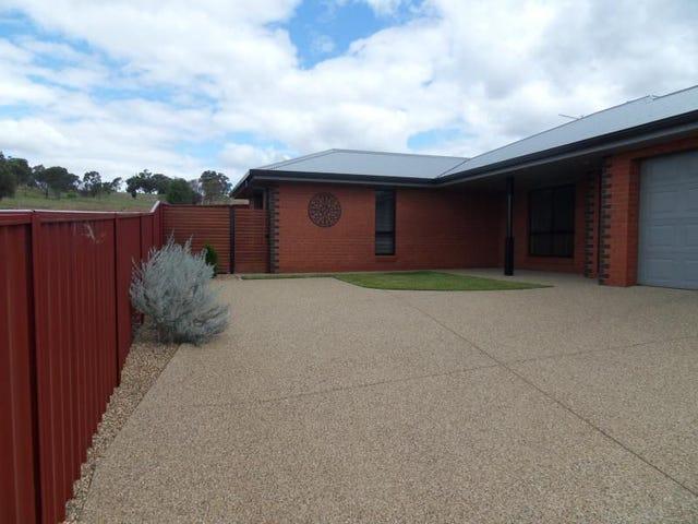 2/9 Osterley Street, Bourkelands, NSW 2650