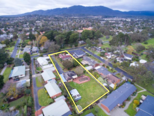 28-30 Mountain View Road, Kilsyth, Vic 3137