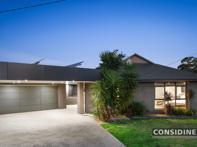 5 Douglas Court, Strathmore Heights, Vic 3041