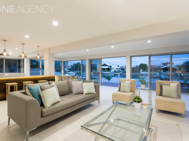 24 Southern Cross Drive, Newport, Qld 4020