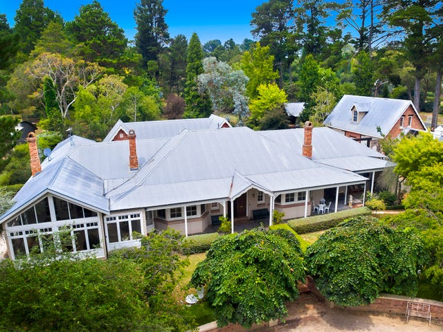 17-19 Holly Road, Burradoo, NSW 2576