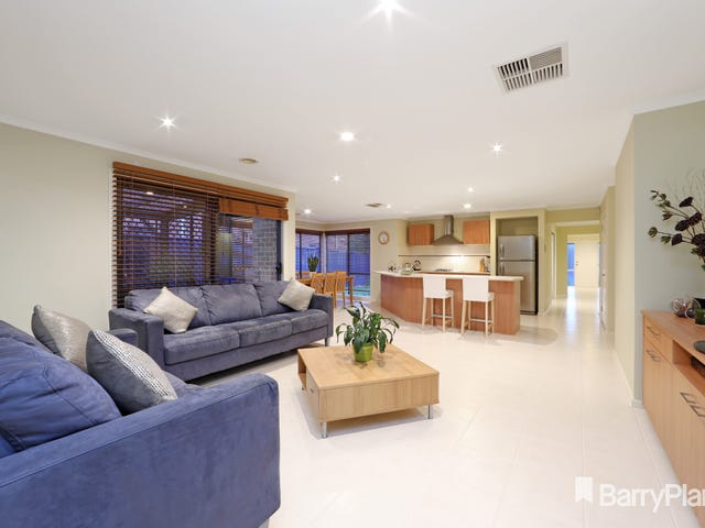 17 Banyalla Place, Rowville, Vic 3178
