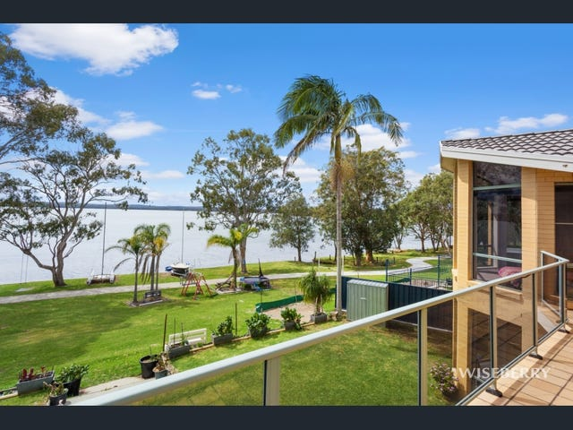 125 Griffith Street, Mannering Park, NSW 2259