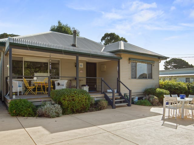 32 Scenic Drive, Cowes, Vic 3922