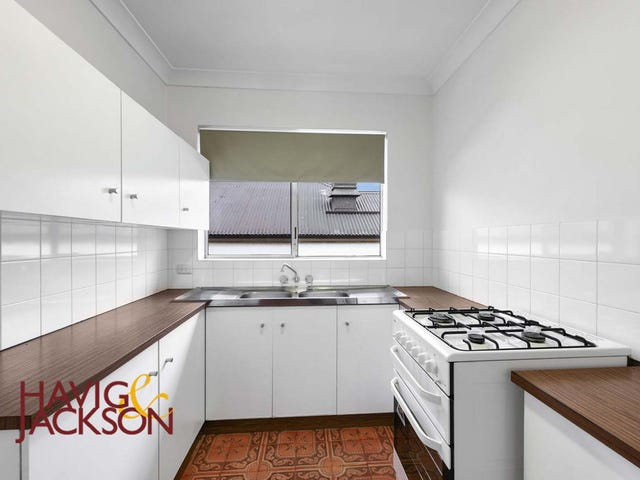 1/135 Racecourse Road, Ascot, Qld 4007