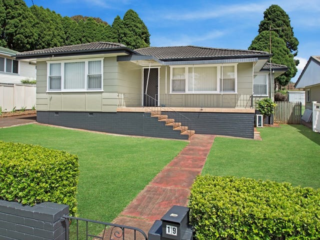19 Catto Street, Centenary Heights, Qld 4350