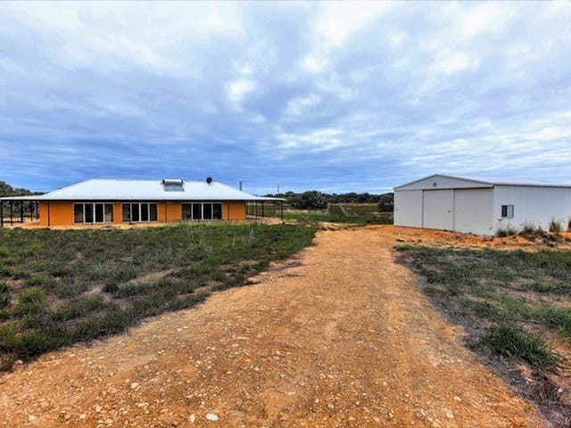 32 Sandal Wood Road, Gabbadah, WA 6041
