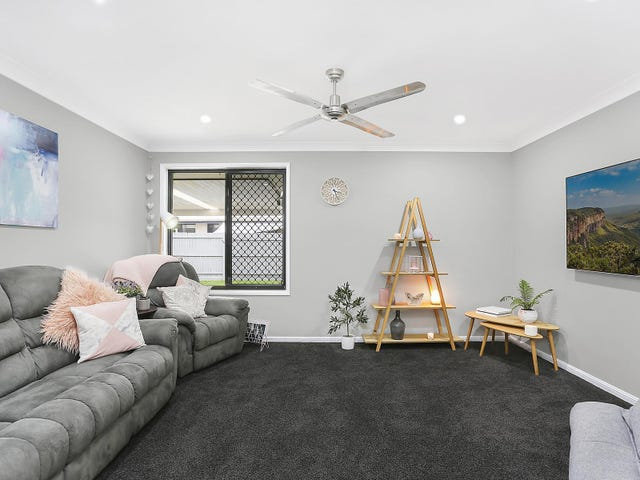 21 Huntley Place, Caloundra West, Qld 4551