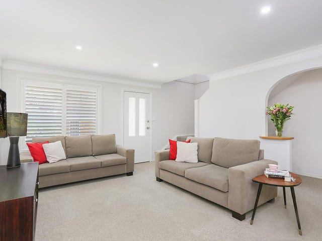 8/12 Wallumatta Road, Caringbah, NSW 2229
