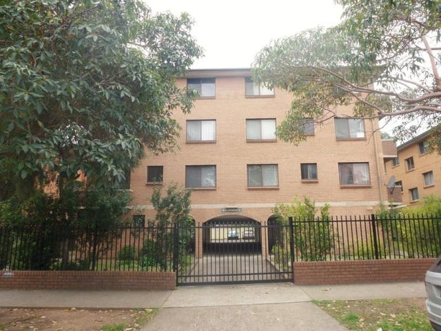 1/68 Castlereagh St, Liverpool, NSW 2170