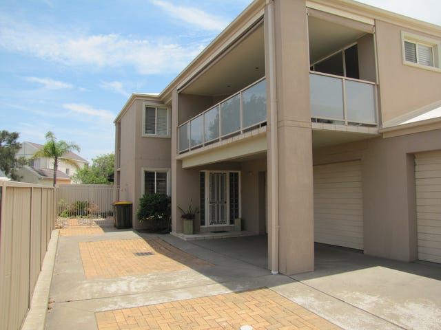 2/5 Campbell Avenue, Anna Bay, NSW 2316