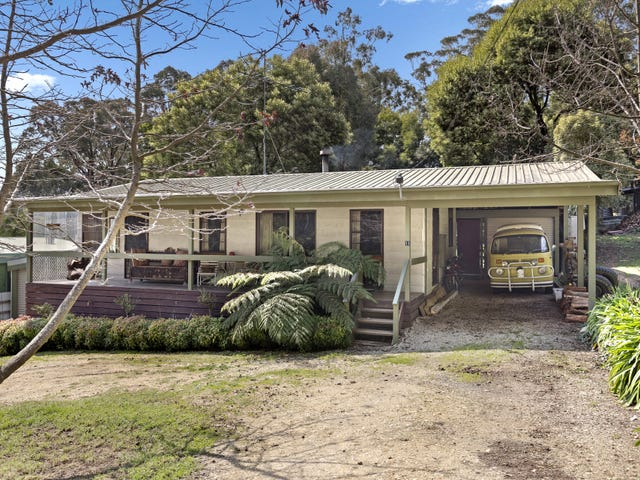 11 Decker Street, Blackwood, Vic 3458