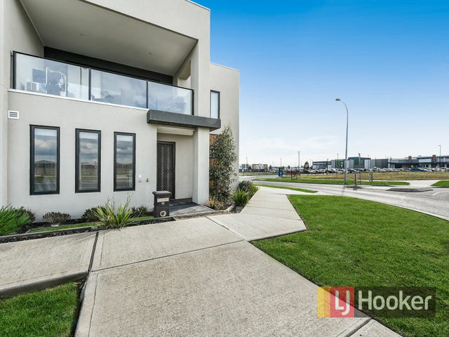 18 Bentley Lane, Clyde North, Vic 3978