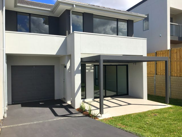 39 Hennessy Avenue, Moorebank, NSW 2170