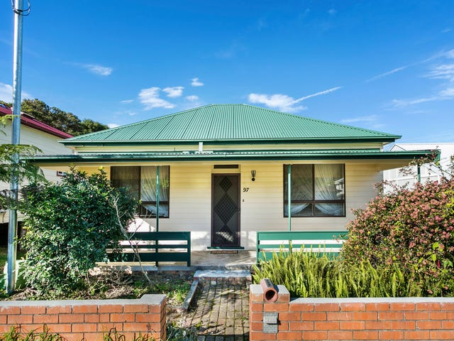 97 Phillip Street, Thirroul, NSW 2515