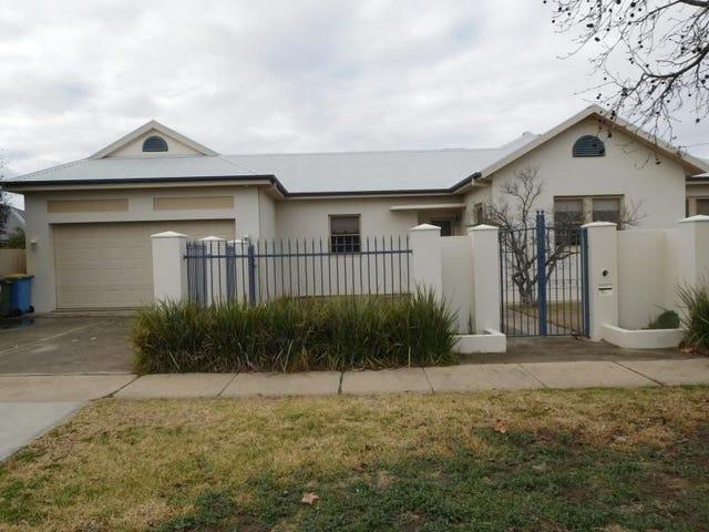 61 Shaw Street, Wagga Wagga, NSW 2650