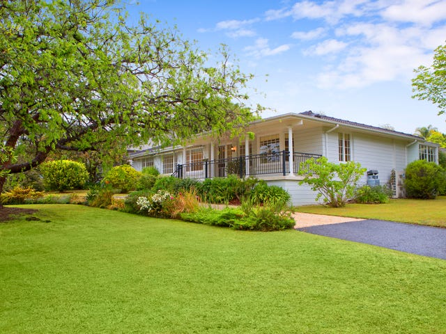 16 Kallista Avenue, St Ives, NSW 2075