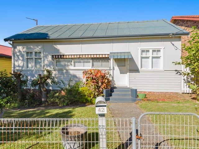 42 Third Avenue, Port Kembla, NSW 2505