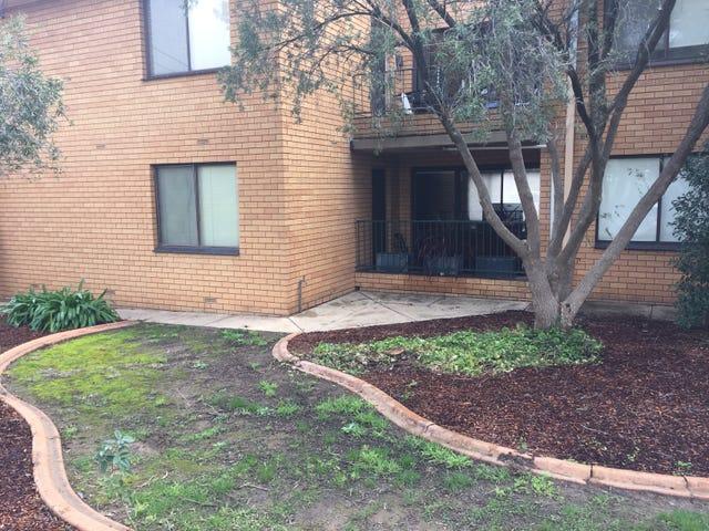 1/9 Henschke Avenue, Tolland, NSW 2650