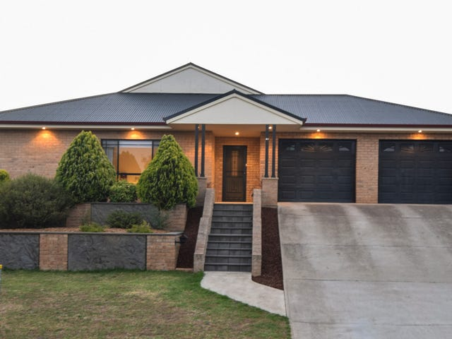 41 Petticoat Lane, Young, NSW 2594