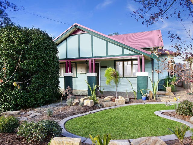 242 Argyle Street, Picton, NSW 2571