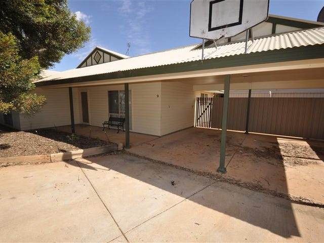9 Melaleuca Ct, Roxby Downs, SA 5725