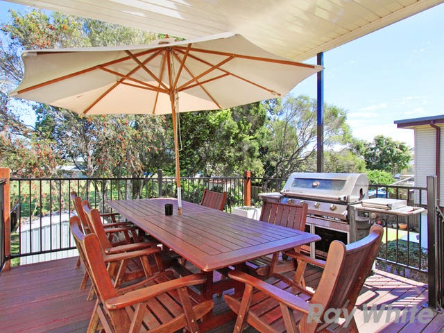 63 Donald Street, Woody Point, Qld 4019