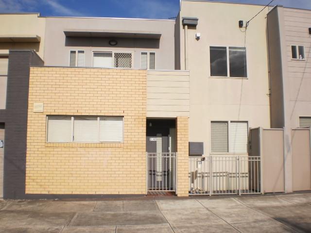2/41 Daley Street, Glenroy, Vic 3046