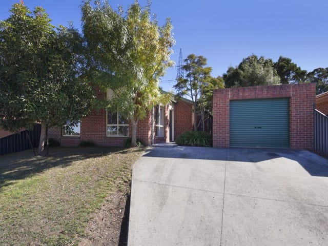 9 Rosewood Court, Mount Helen, Vic 3350