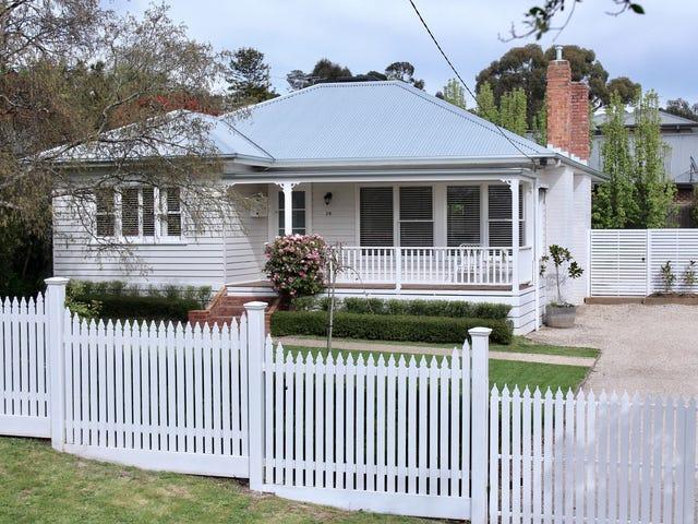 28 Goode Street, Gisborne, Vic 3437