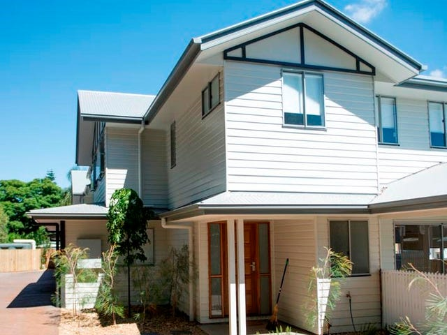 1/2 Walton Street, North Toowoomba, Qld 4350